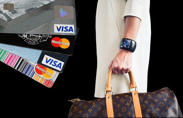 hide your credit cards - saving cash over thirty days