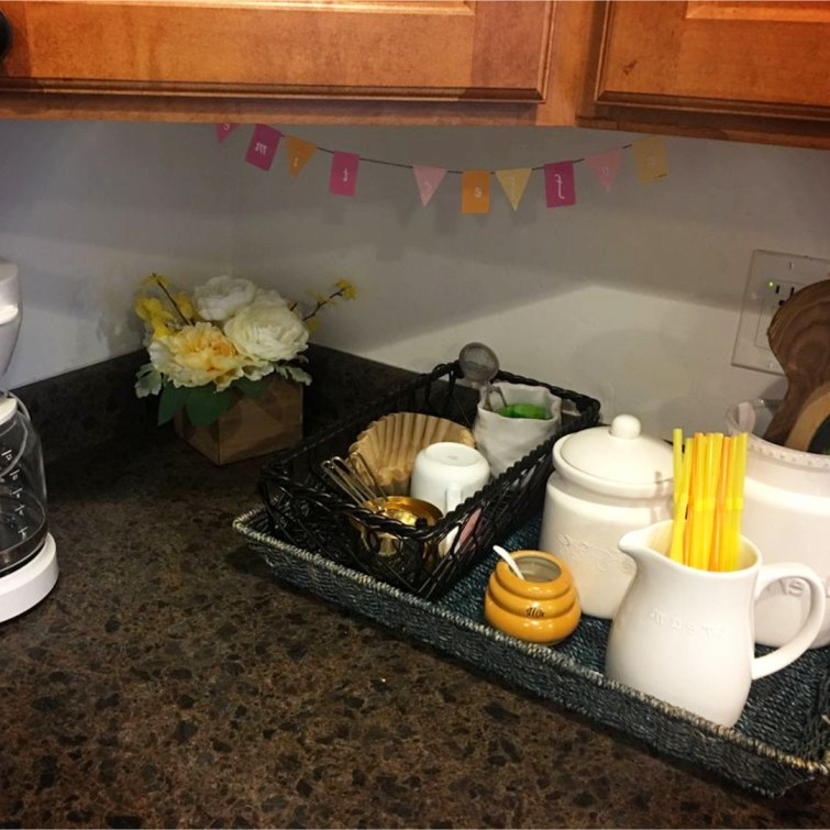 Kitchen coffee area ideas - LOTS of simple ideas for a small coffee bar area
