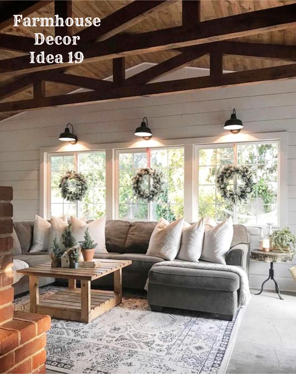 Modern Farmhouse Living Room Decor Idea   Clutter Free Farmhouse Decor  Ideas #farmhousedecorating #