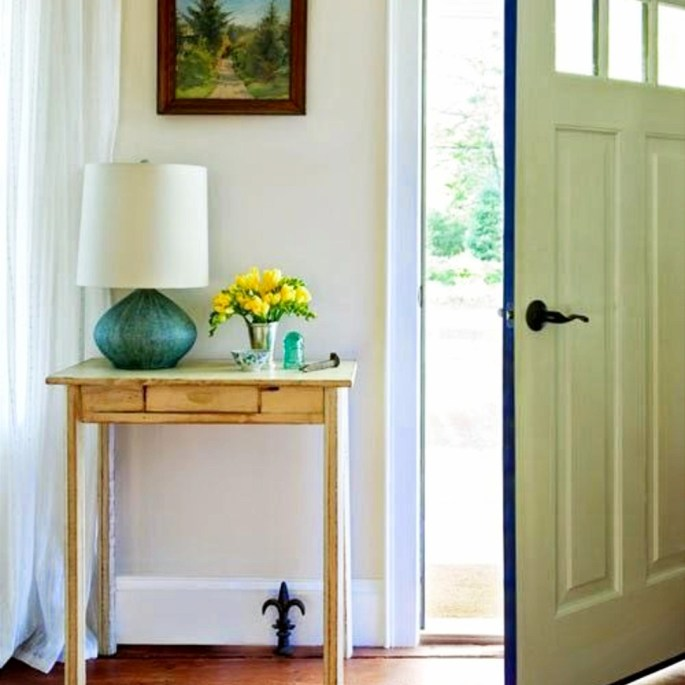 Fantastic Foyer Ideas To Make The Perfect First Impression: 29+ Small Foyer Decor Ideas For Tiny