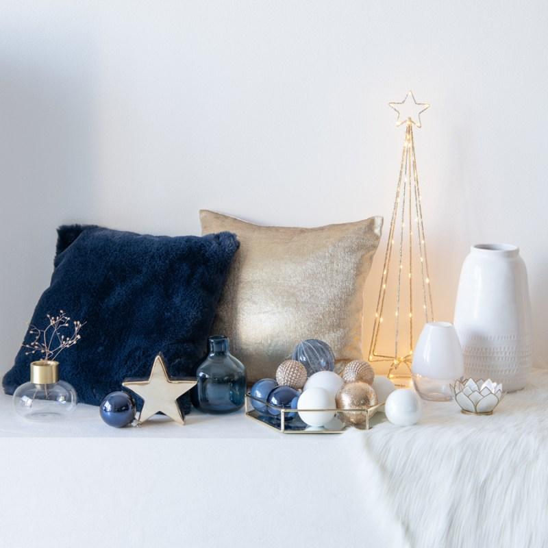Adornos de Navidad en azul y dorado