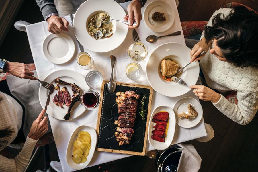 Prístino, Casa de comidas contemporánea