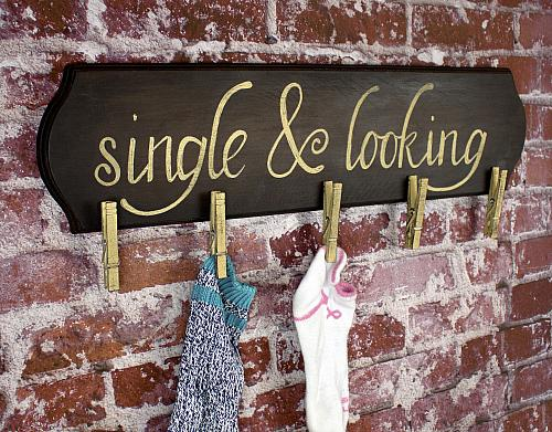 Quot Single And Looking Quot Lost Sock Organizer Project By Decoart