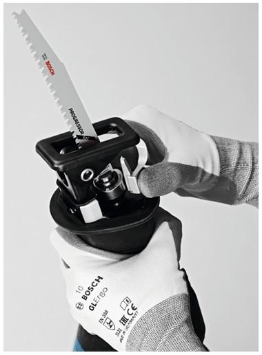 Akumulatorowa piła szablasta Bosch  GSA 18V-32 Professional