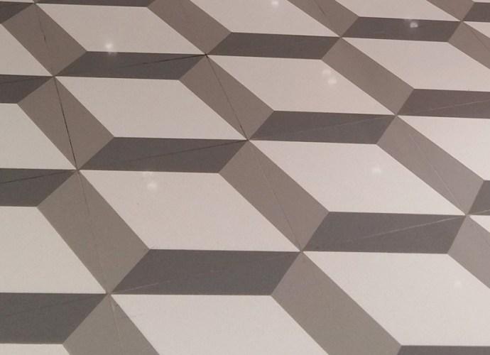 Hipnotyzujące podłogi z konglomeratu kwarcytowego