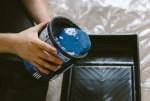 Jak odmienić swoje wnętrza w tani sposób? Odmaluj elementy ceramiczne i nadaj wyjątkowego klimatu swoim pomieszczeniom Jak odmienić swoje wnętrza w tani sposób?