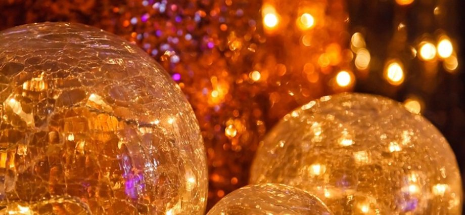 Zimowe dekoracje oświetleniowe