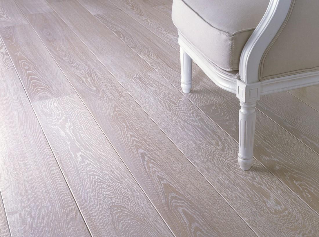 Drewniana podłoga - olej czy lakier?