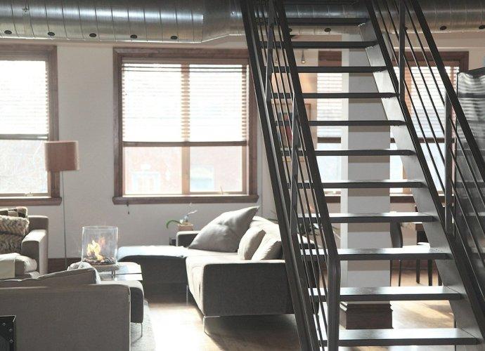 Jak wybrać idealne schody do domu?