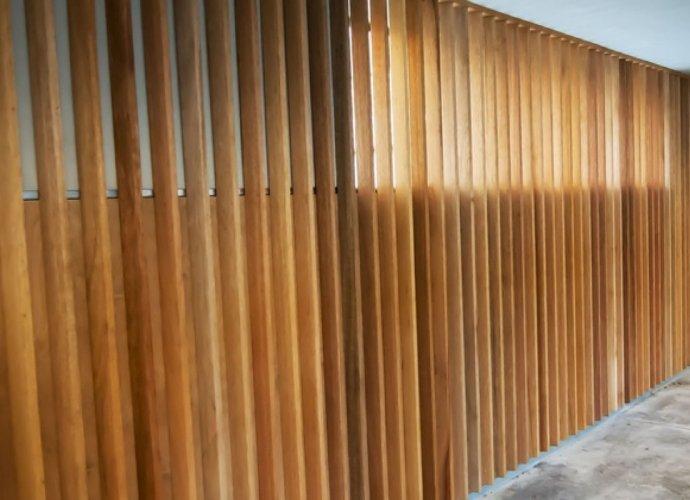 Elewacja ażurowa - designerska fasada z drewna