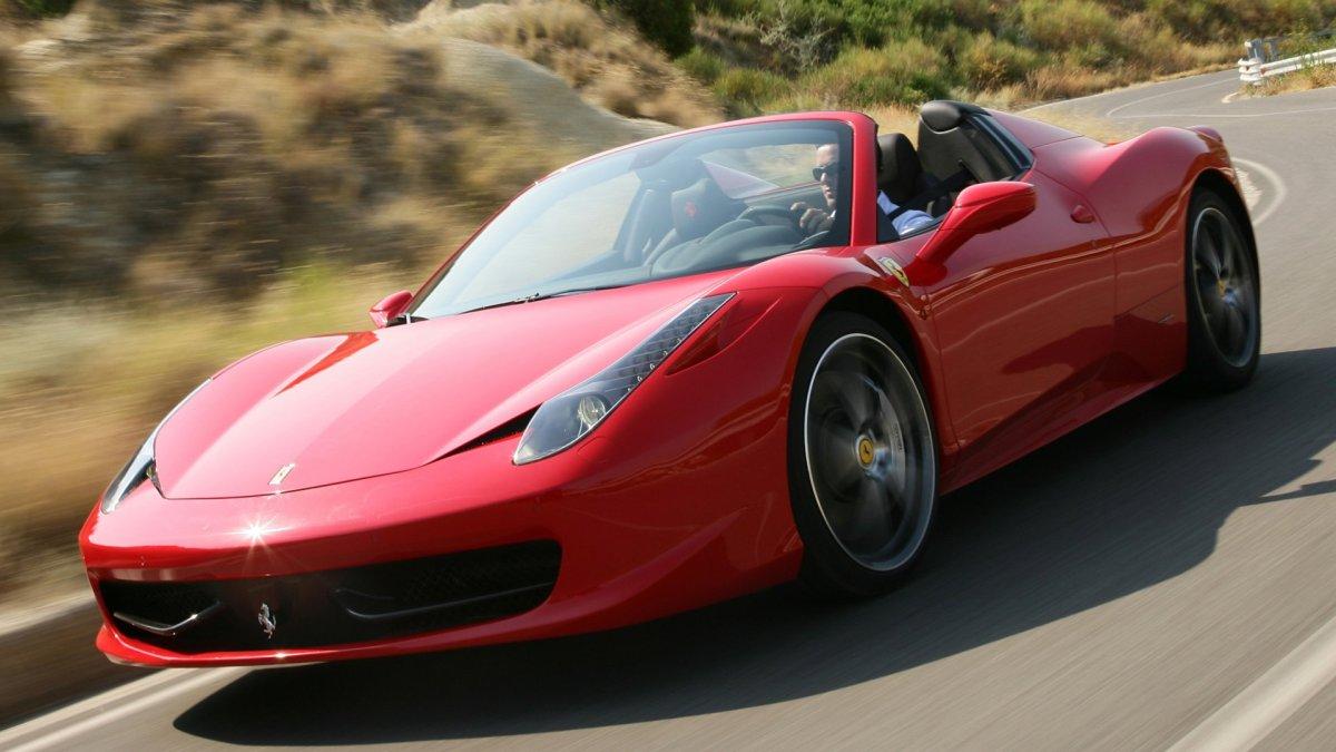 Alquilar un Ferrari en Mallorca
