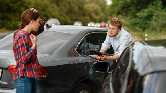 ¿Cómo saber si un coche tiene seguro?