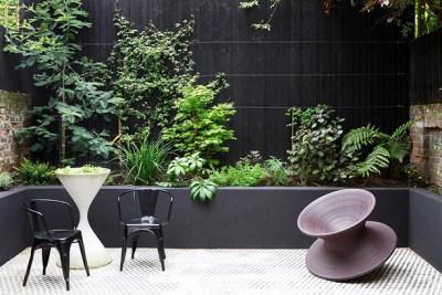 Modernist-makeover-garden-010