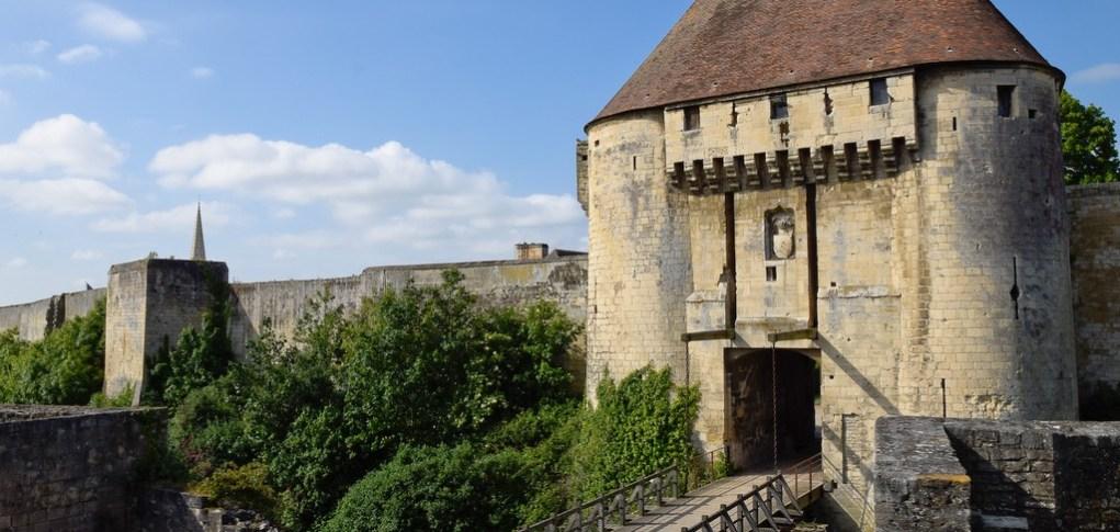 porte des champs du château fort de Caen