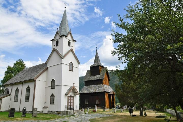 les deux églises de Torpo