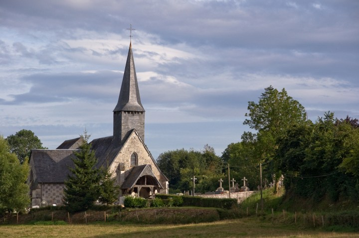 église fontaine-la-Louvet