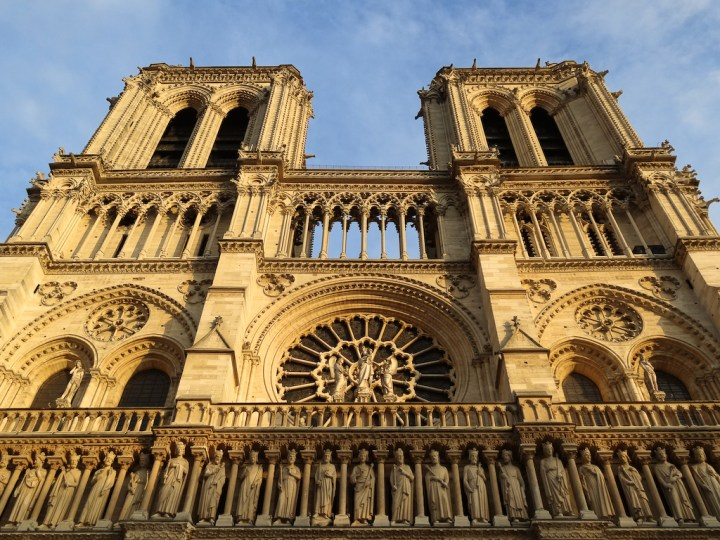 façade de la cathédrale Notre-Dame de Paris