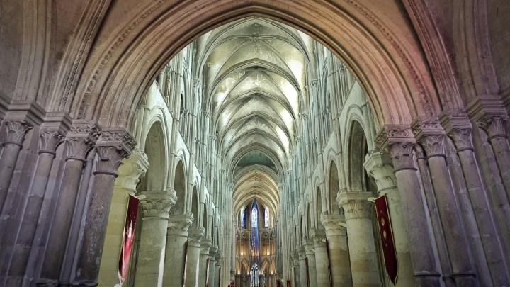 Cathédrale Saint-Pierre-de-Lisieux, photographié au smartphone