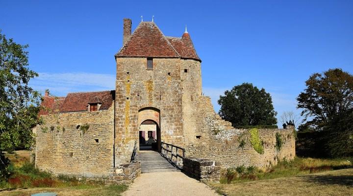 La maison forte de Mornay