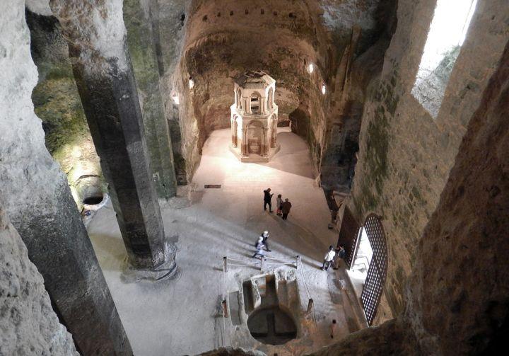 église monolithe d'Aubeterre-sur-Dronne