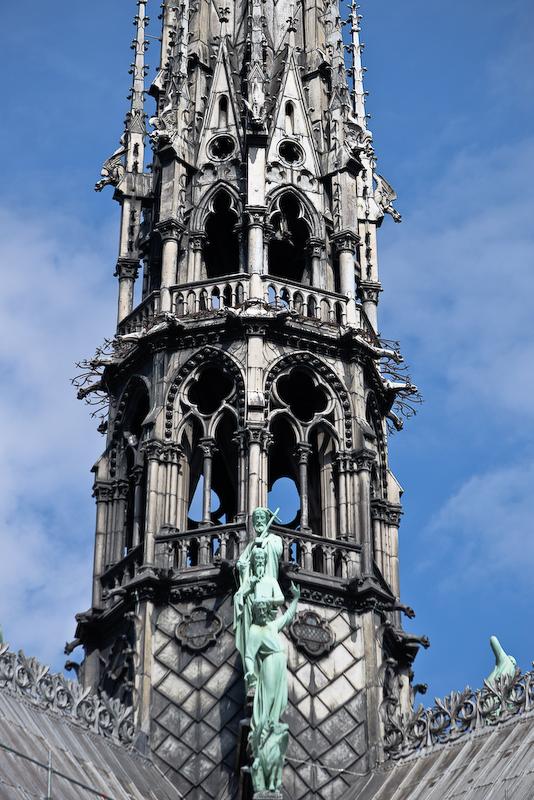 Flèche de la cathédrale Notre-Dame de Paris