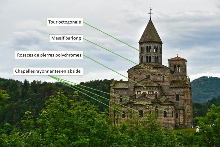Abbatiale de Saint-Nectaire dans le Puy-de-Dôme