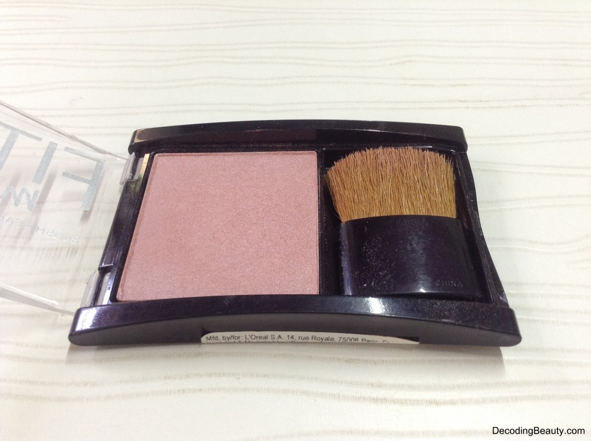 Maybelline Fit Me Blush Medium Nude 208 Review, Swatches