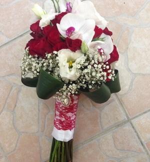 Buchet De Mireasa Cu Trandafiri Si Orhidee Naturale Decofelice