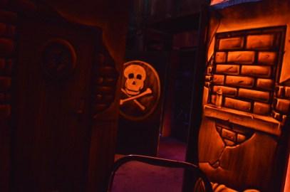 peinture fluorescente lumière noire laser game