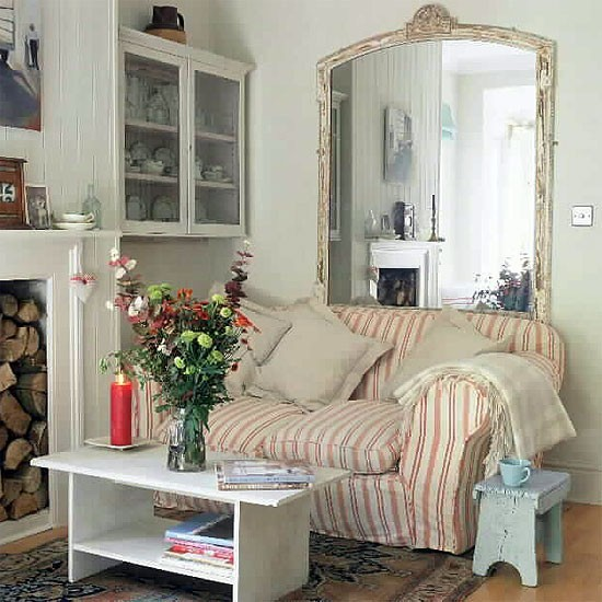 How to decorate a small living room - Decoholic on Small Space Small Living Room With Fireplace  id=73907
