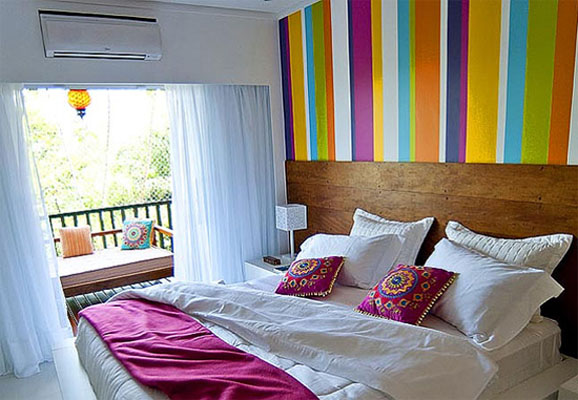 25 Awesome Small Bedroom Decorating Ideas-Designs on Very Small Bedroom Ideas  id=77517