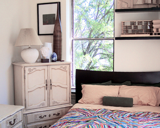 25 Awesome Small Bedroom Decorating Ideas-Designs on Very Small Bedroom Ideas  id=57580