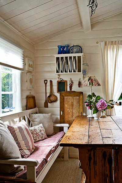 15 Ideas For A Sitting Bench Under A Window Decoholic