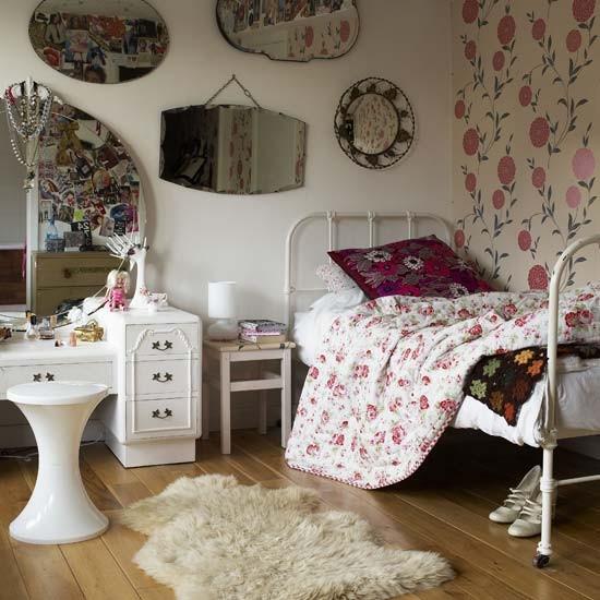 Dream Vintage Bedroom Ideas For Teenage Girls - Decoholic on Mirrors For Teenage Bedroom  id=78610