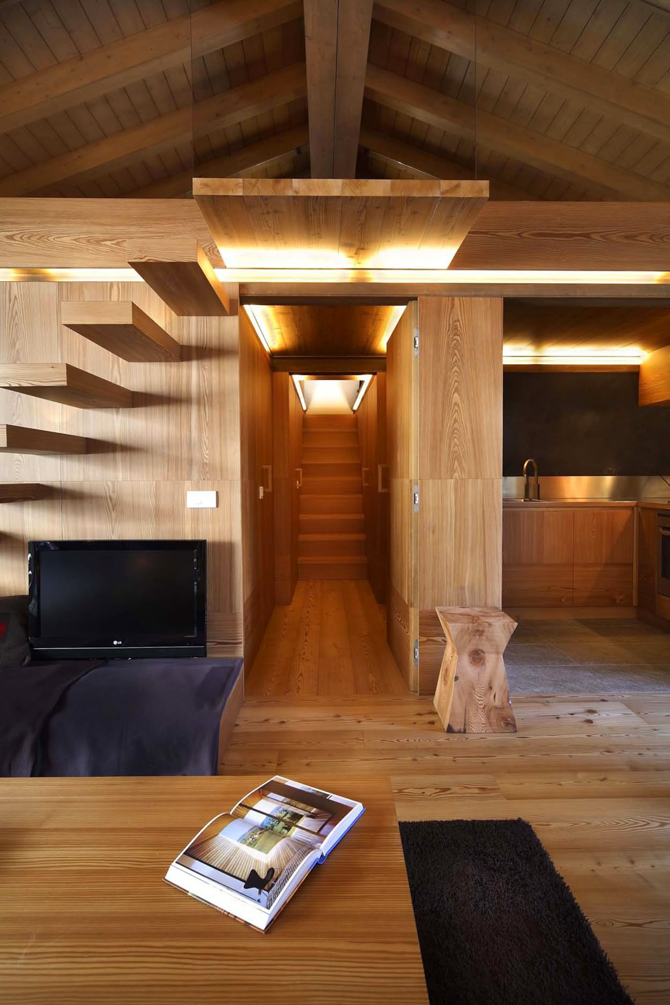 Modern Wood House by Studio Fanetti - Decoholic on Interior:ybeqvfpgwcq= Modern House  id=96014