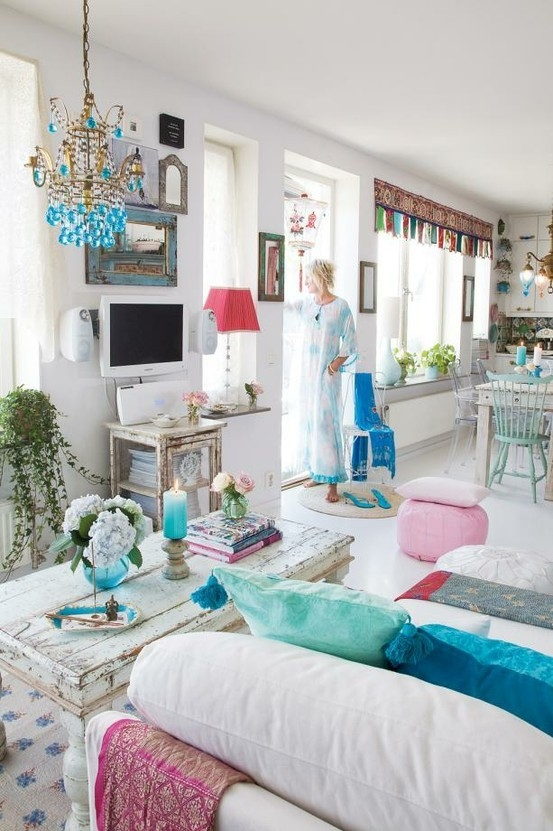 tyrquoise boho chic ethnic living room