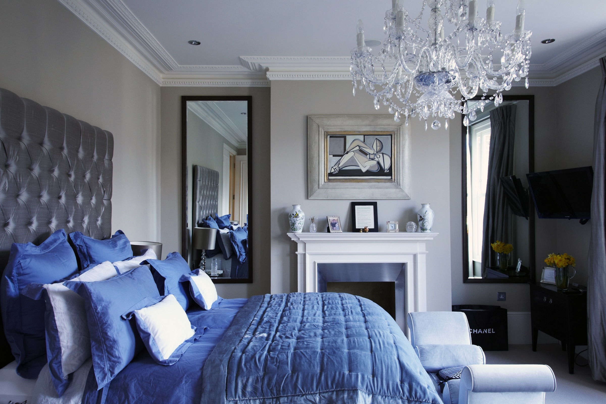 Victorian Chic House With A Modern Twist - Decoholic on Interior Modern House  id=19632