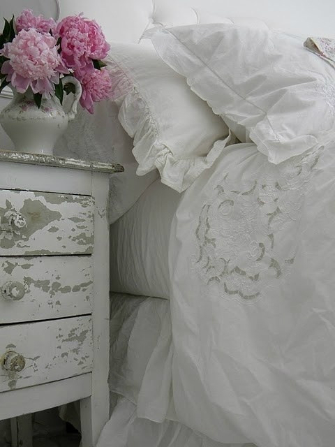 30 Shabby Chic Bedroom Ideas Decorate Yours Decoholic