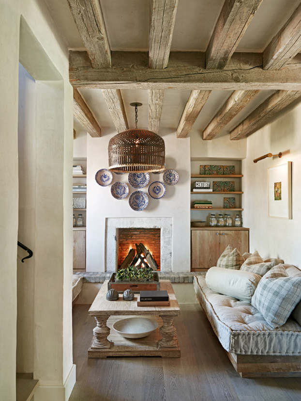40 Awesome Rustic Living Room Decorating Ideas - Decoholic on Traditional Rustic Decor  id=58022