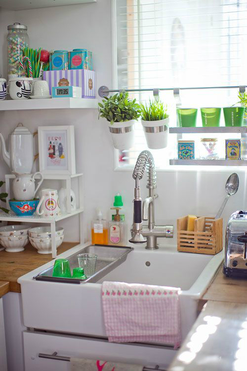 How to Decorate your Kitchen With Herbs: 40+ Ideas - Decoholic on Kitchen Decoration Ideas  id=13283