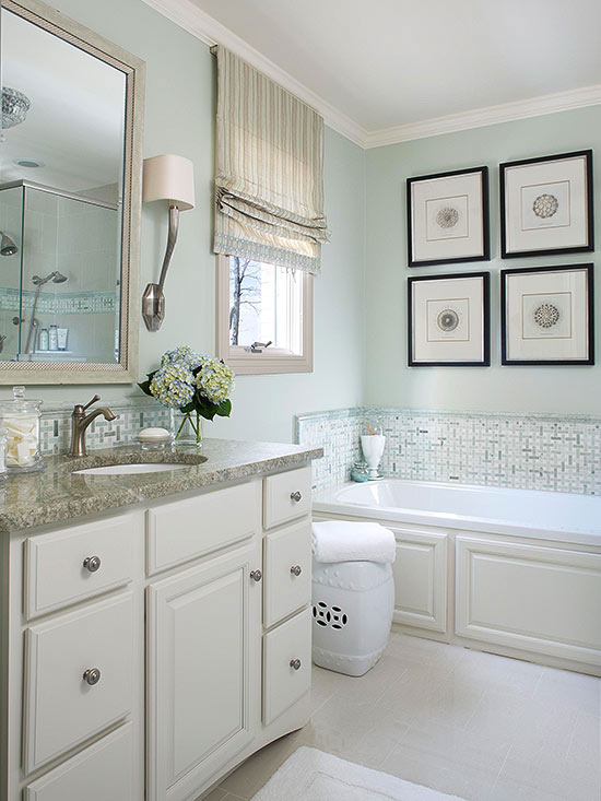 Small Bathroom Remodeling Guide (30 Pics) - Decoholic on Small Bathroom Remodel  id=84905