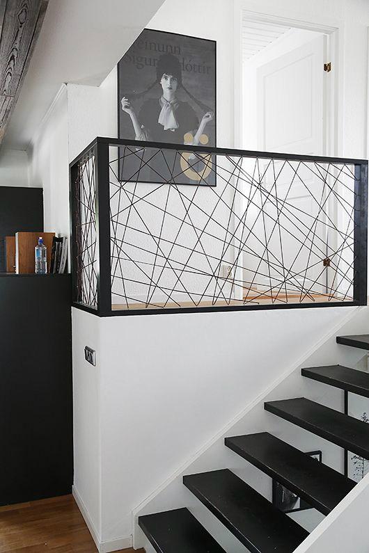 47 Stair Railing Ideas Interior Stair Rails Decoholic | Modern Black Stair Railing | Horizontal | Aluminum | Modern Style | Dark Grey | Matte Black