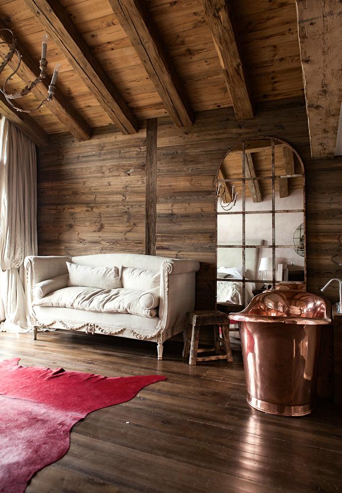 Log Cabin Interior Fever Decoholic