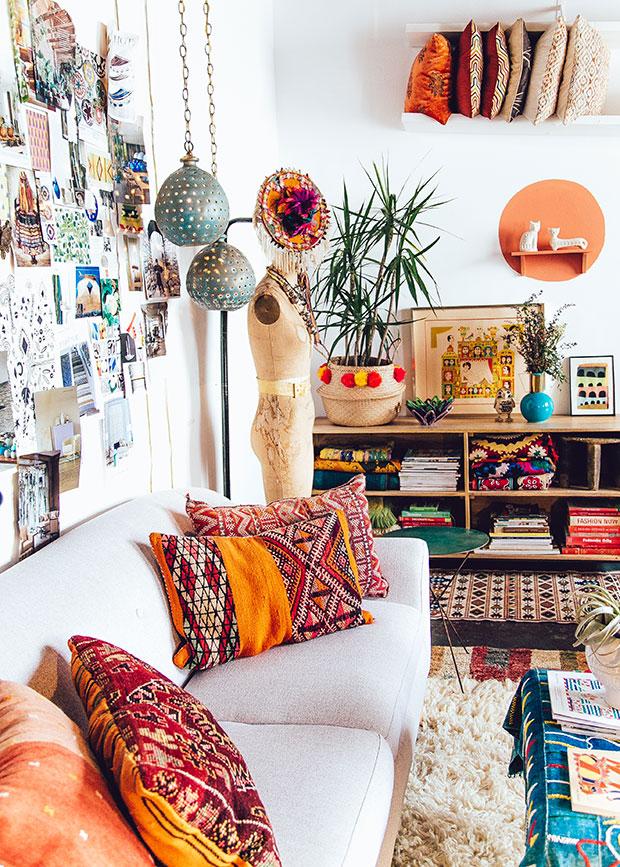 26 Bohemian Living Room Ideas - Decoholic on Boho Room Decor  id=41157