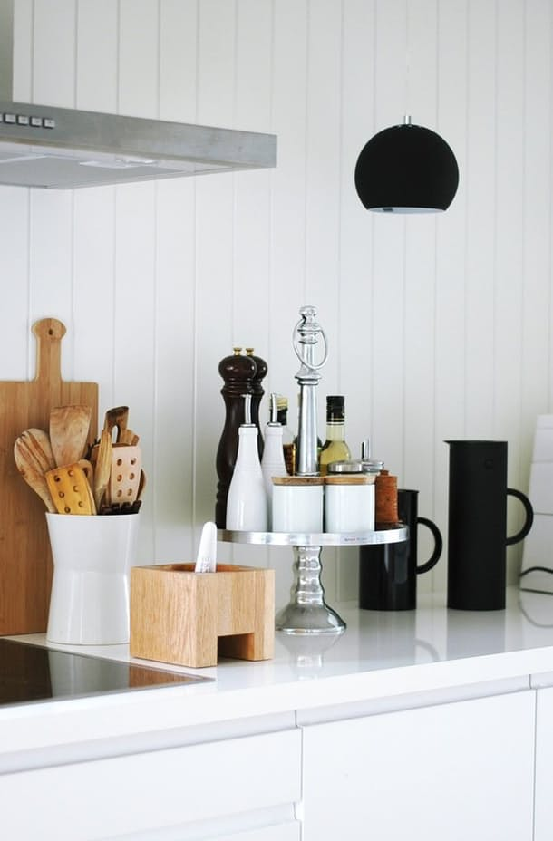 10 Ways to Style Your Kitchen Counter Like a Pro - Decoholic on Countertop Decor  id=91725