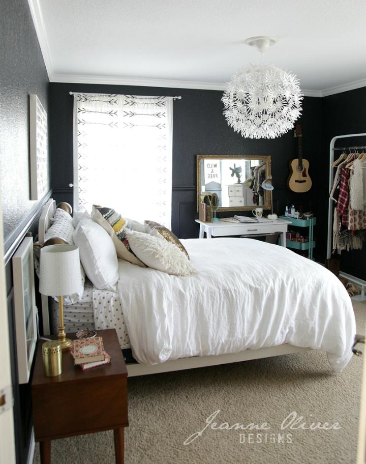 Amazing Teen Girl's Bedroom Makeover - Decoholic on Teen Rooms  id=65249