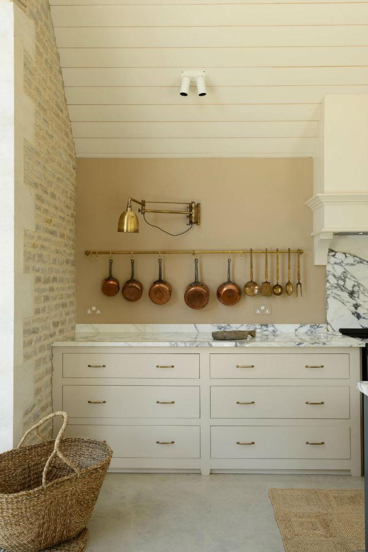 Classic English Kitchen Designs Decoholic