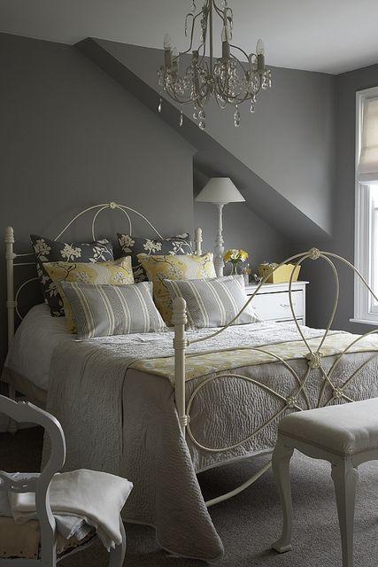 grey bedroom design idea 4