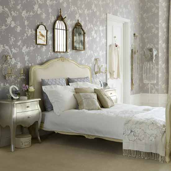 Old fashioned bedroom decorating ideas for 20 year old bedroom ideas