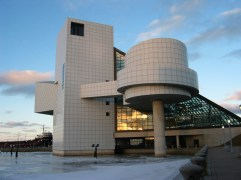 66. Rock and Roll Hall of Fame and Museum (Ohio, EEUU)